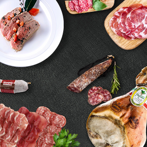 Italienische Wurst- und Schinkenspezialitäten und hochqualitatives Fleisch
